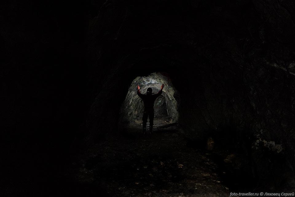 Штольни Никеля (Белореченское баритовое месторождение, Даховское урановое месторождение).